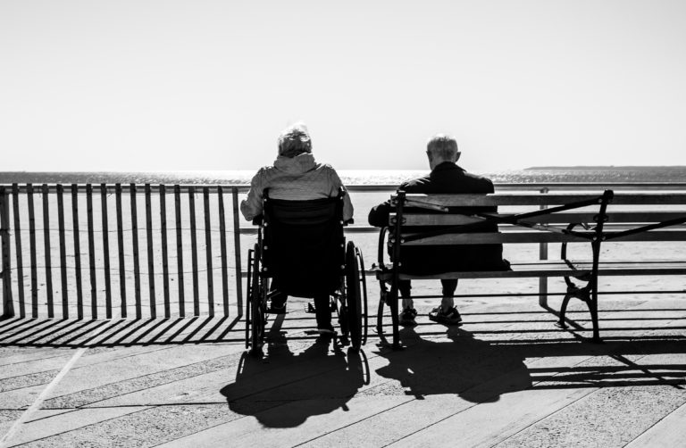 Caring for Aging Parents Checklist – Guaranteed to Lighten Your Load