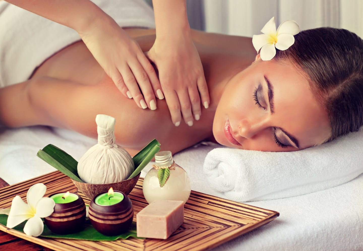 aromatherapy massage for stress relief