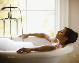 Relaxing stress relief bath
