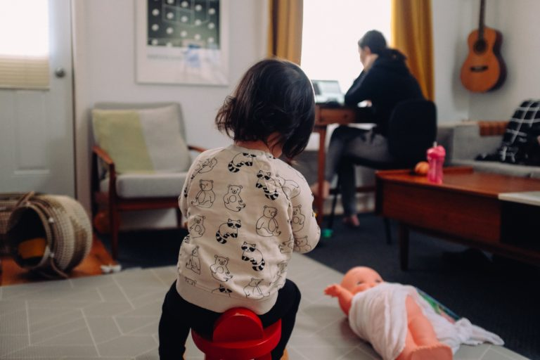 Keys to Time Management for Working Moms