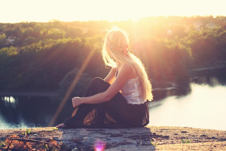 How to Live Mindfully, Reduce Daily Stress & Gradually Overhaul Your Life